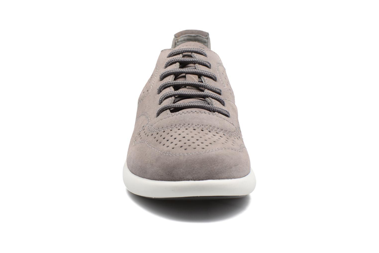 Baskets Geox U BRATTLEY A U721PA Gris vue portées chaussures