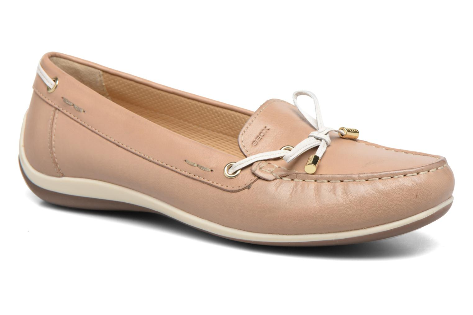 Loafers Geox D YUKI A D6455A Beige detailed view/ Pair view