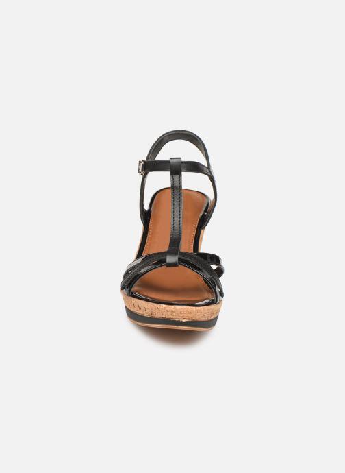 Sandales et nu-pieds Tamaris Aunée Noir vue portées chaussures