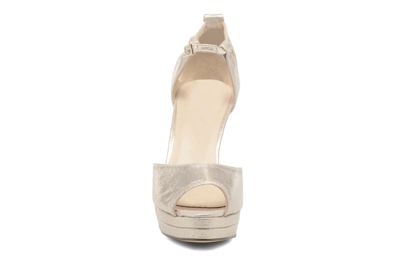 Zapatos de tacón Menbur ACEBO Oro y bronce vista del modelo
