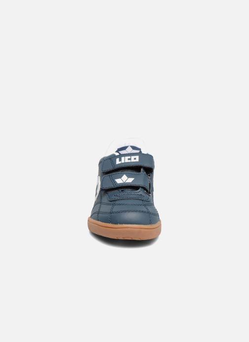 Sneakers Lico Bernie V Azzurro modello indossato