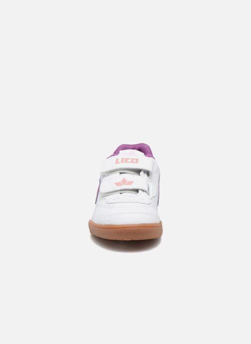 Sneakers Lico Bernie V Viola modello indossato