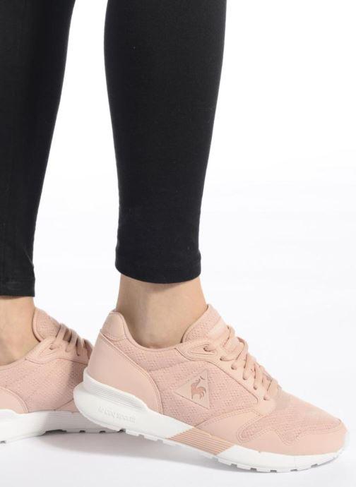 Sneaker Le Coq Sportif Omega X W Reflective rosa ansicht von unten / tasche getragen