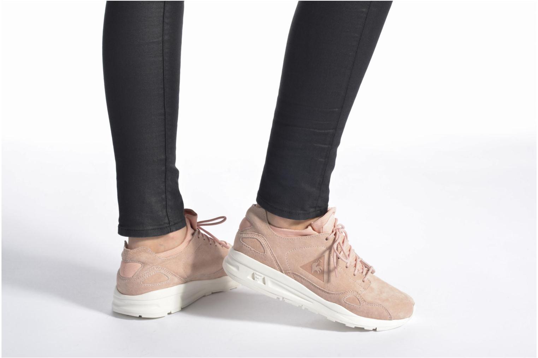 Sneakers Le Coq Sportif Lcs R Flow Nubuck Beige immagine dal basso