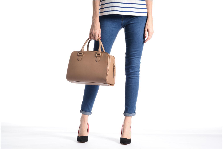 Håndtasker Sabrina Carolina Brun se foroven