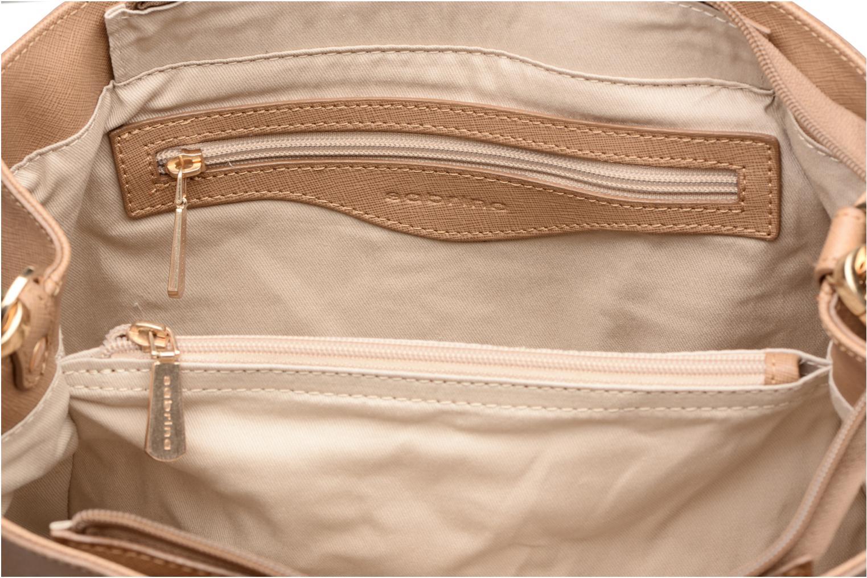Handväskor Sabrina Martina Brun bild från baksidan