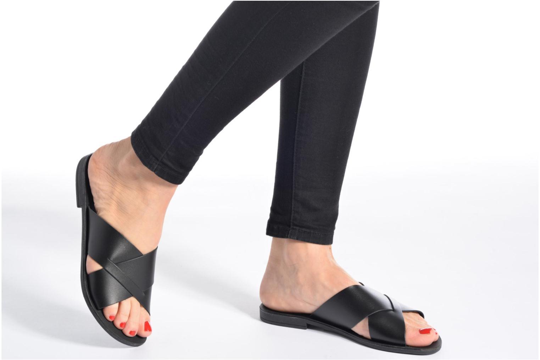Sandales et nu-pieds Pieces Pslucca Noir vue bas / vue portée sac