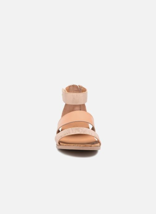 Sandales et nu-pieds UGG Marabel Metallic Argent vue portées chaussures