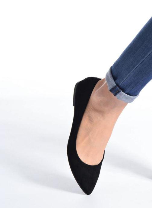 Ballerinas I Love Shoes BLOWN beige ansicht von unten / tasche getragen