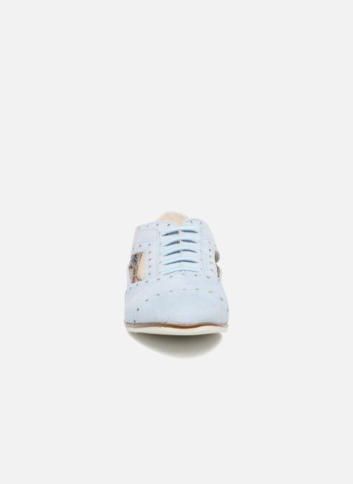 Scarpe con lacci I Love Shoes BLEST Azzurro modello indossato