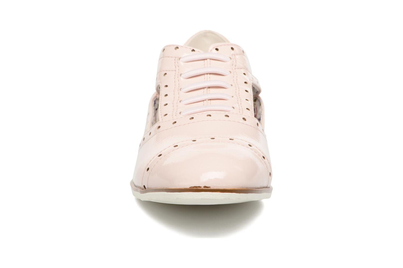 Zapatos con cordones I Love Shoes BLEST Beige vista del modelo