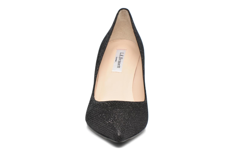 Escarpins L.K. Bennett Bianca Noir vue portées chaussures
