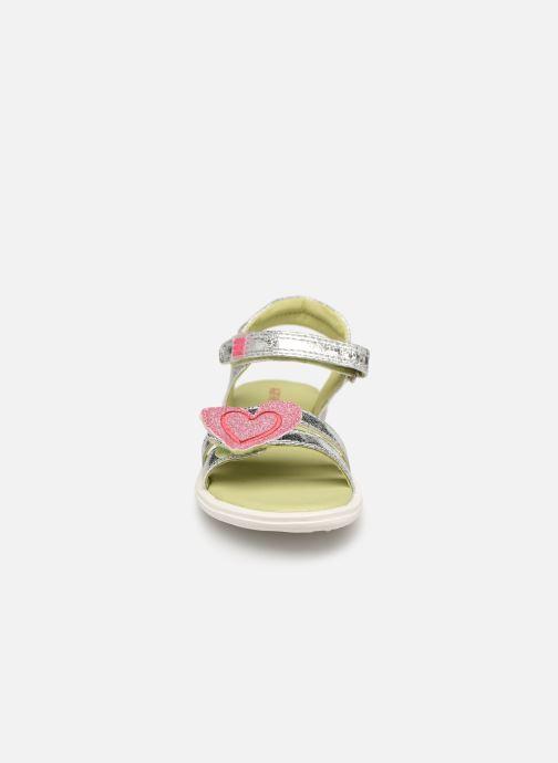 Sandales et nu-pieds Agatha Ruiz de la Prada Beauty Argent vue portées chaussures