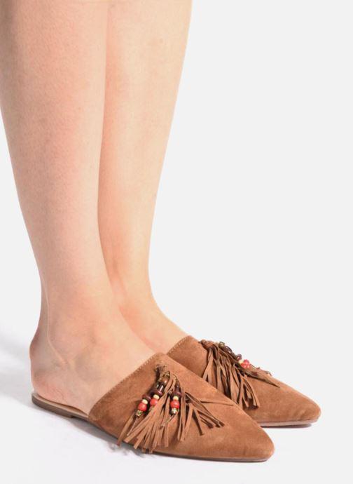 Clogs & Pantoletten Gioseppo Nelia braun ansicht von unten / tasche getragen