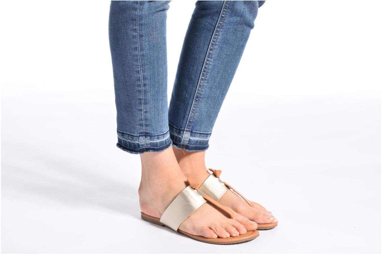 Sandalen I Love Shoes THIVUS gold/bronze ansicht von unten / tasche getragen
