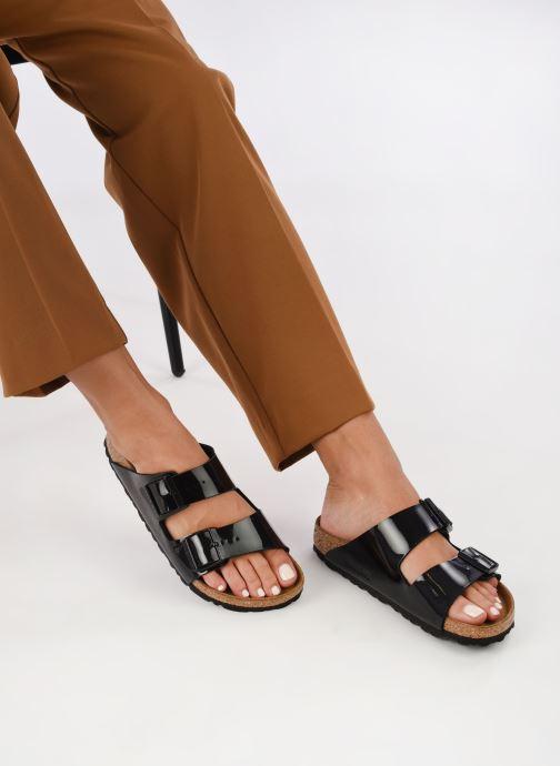 Clogs & Pantoletten Birkenstock Arizona EVA W schwarz ansicht von unten / tasche getragen