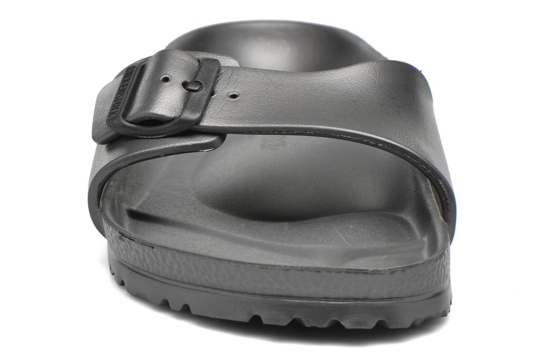 Sandales et nu-pieds Birkenstock Madrid Eva Gris vue portées chaussures