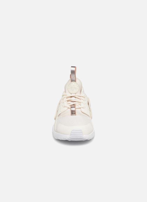 Sneaker Nike Nike Huarache Run Ultra (Ps) weiß schuhe getragen