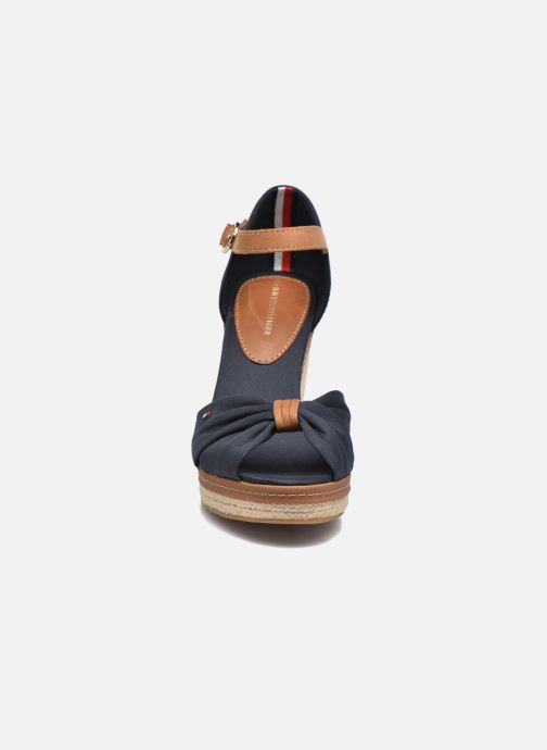 Espadrilles Tommy Hilfiger Elena 56D Bleu vue portées chaussures