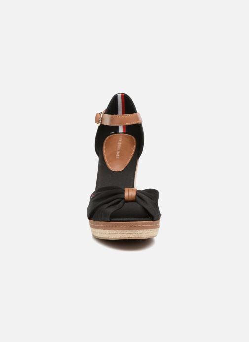 Espadrilles Tommy Hilfiger Elena 56D Noir vue portées chaussures