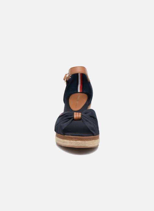 Espadrilles Tommy Hilfiger Elba 40D Bleu vue portées chaussures