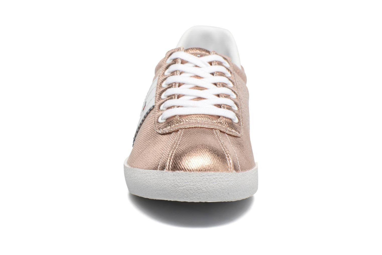Baskets Tommy Hilfiger Lizzie D1 Or et bronze vue portées chaussures