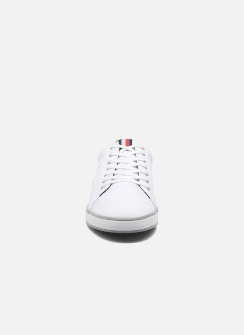 Baskets Tommy Hilfiger Harlow D1 Blanc vue portées chaussures