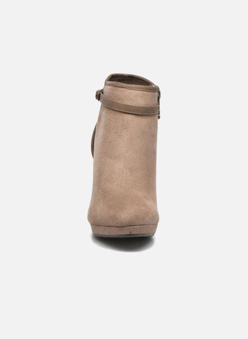 Boots en enkellaarsjes Refresh Alma-61122 Beige model
