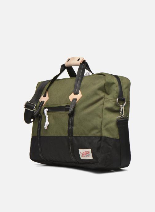 Sacs homme Levi's Colorblock Messenger bag Vert vue portées chaussures
