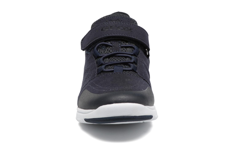 Baskets Geox J Xunday B. C J723NC Bleu vue portées chaussures