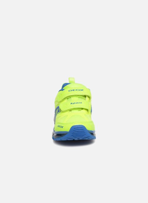 Baskets Geox J Android B. CJ7244C Jaune vue portées chaussures
