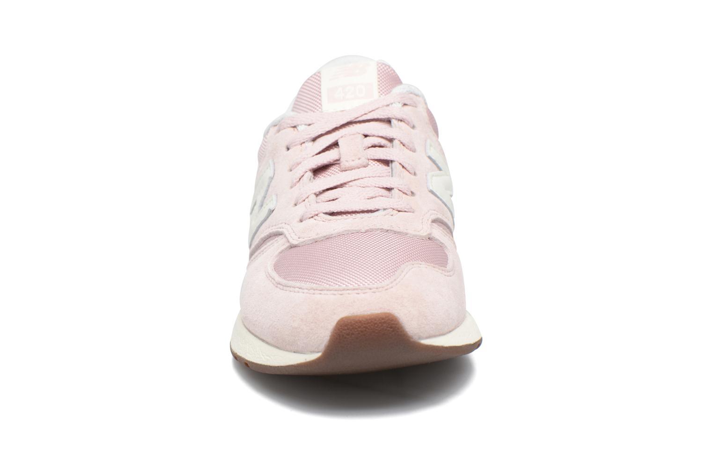 Sneaker New Balance WRL420 rosa schuhe getragen