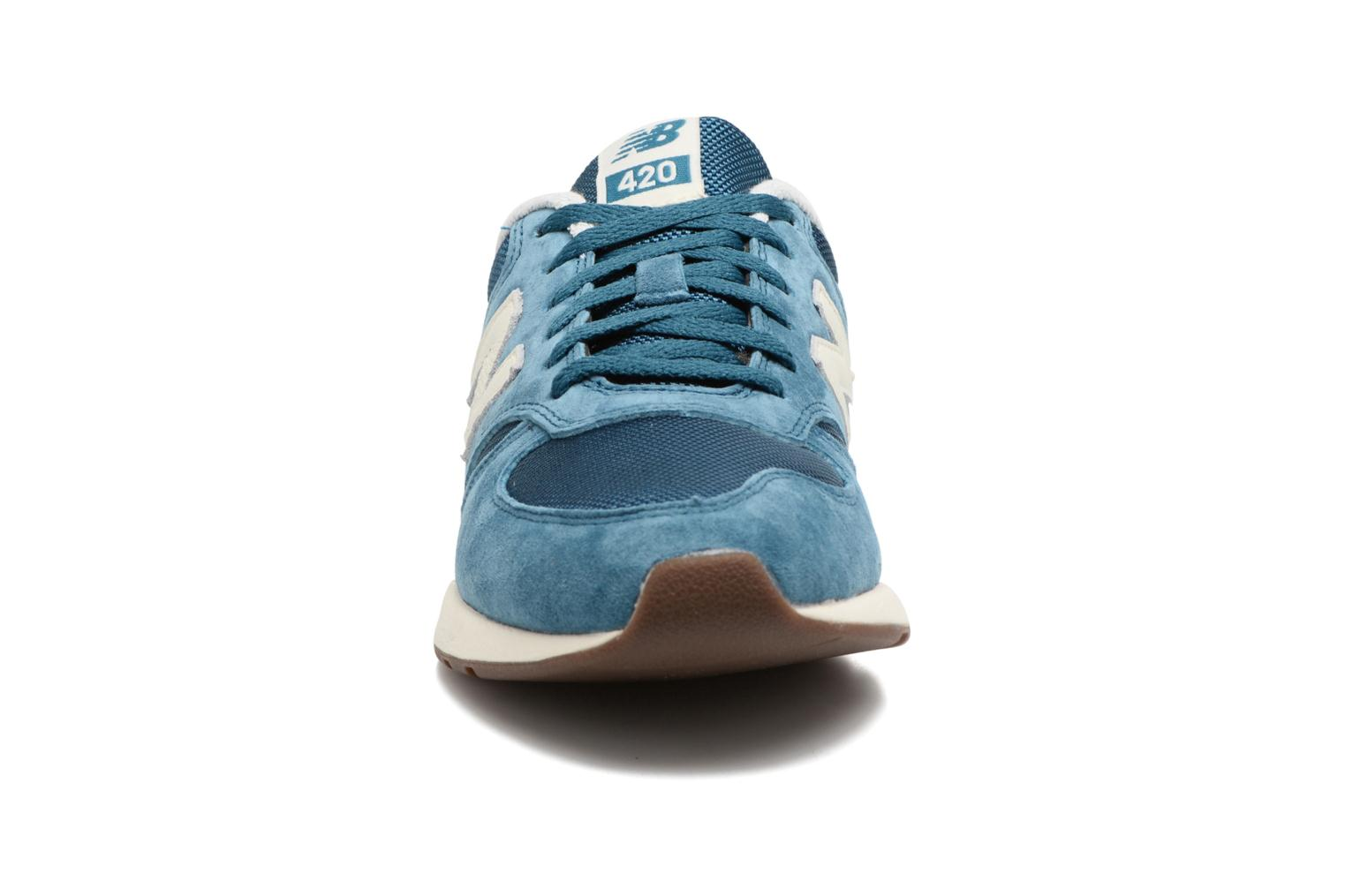 Trainers New Balance WRL420 Blue model view