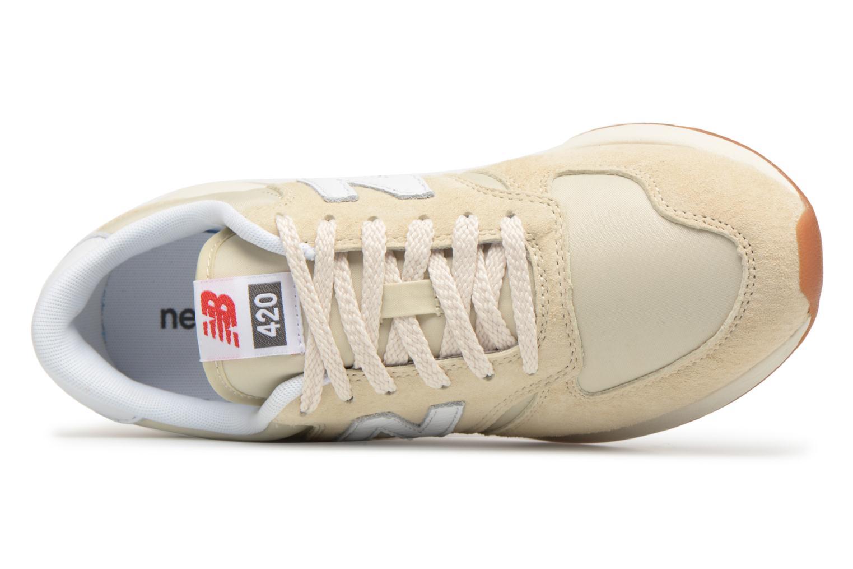 Sneaker New Balance WRL420 beige ansicht von links