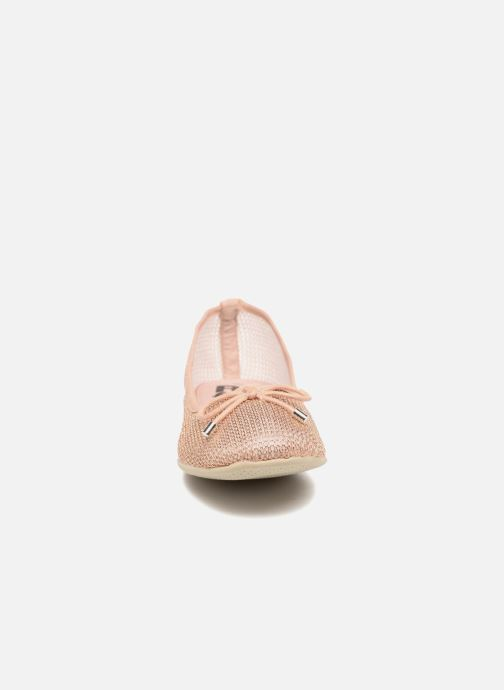 Ballerines Refresh Jala Rose vue portées chaussures