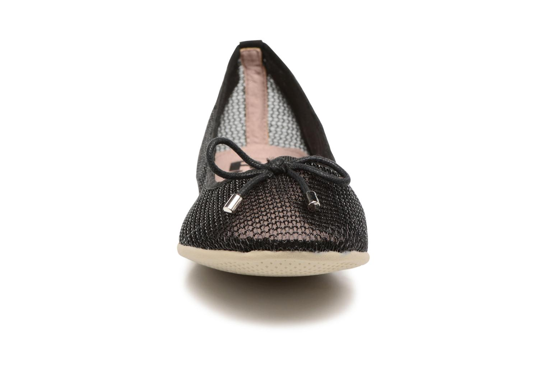 Ballerines Refresh Jala Noir vue portées chaussures