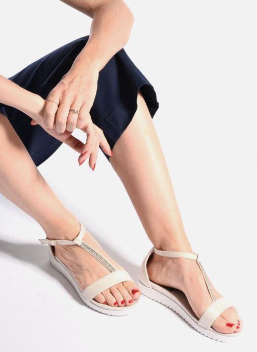 Sandales et nu-pieds Refresh Jovi Blanc vue bas / vue portée sac