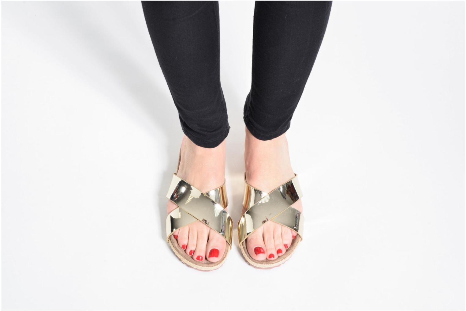 Mules & clogs Refresh Qiwin Bronze and Gold view from underneath / model view