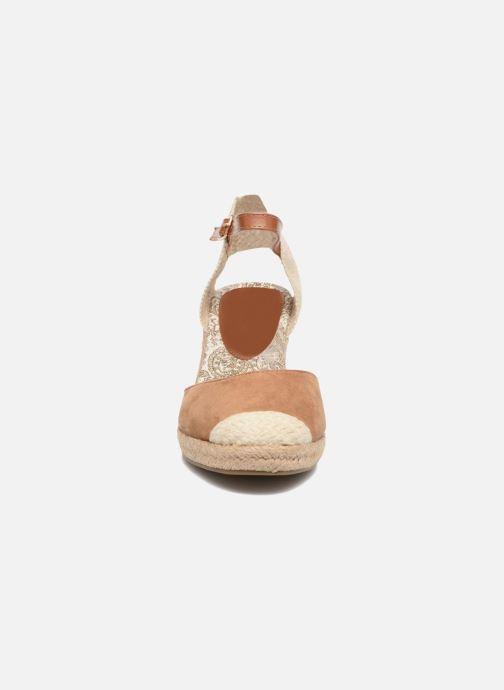 Espadrilles Refresh Malo Marron vue portées chaussures