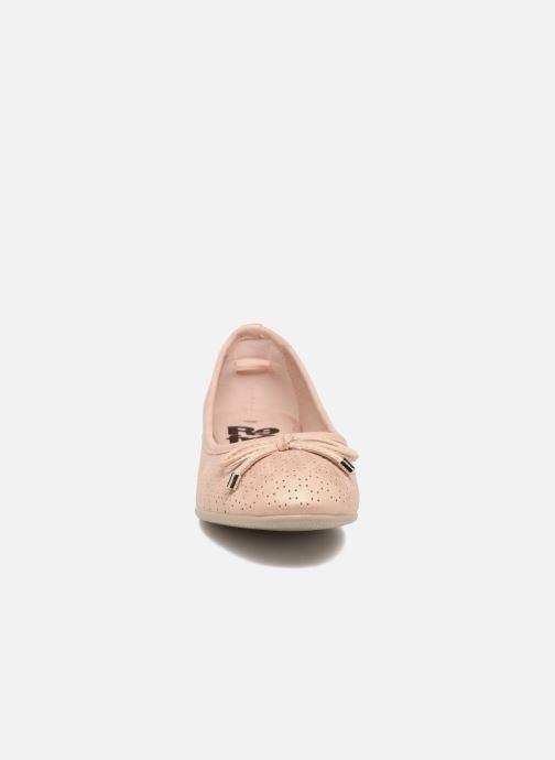 Ballerines Refresh Ilvis Beige vue portées chaussures