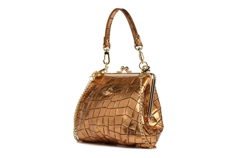 Sacs à main Vivienne Westwood Armour Handbag Or et bronze vue portées chaussures