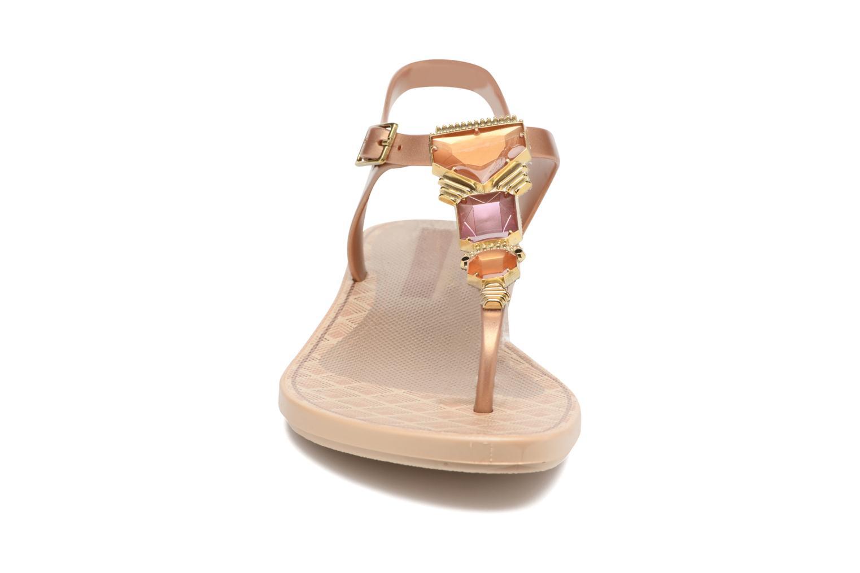 Sandalen Grendha Jewel Sandal Beige model