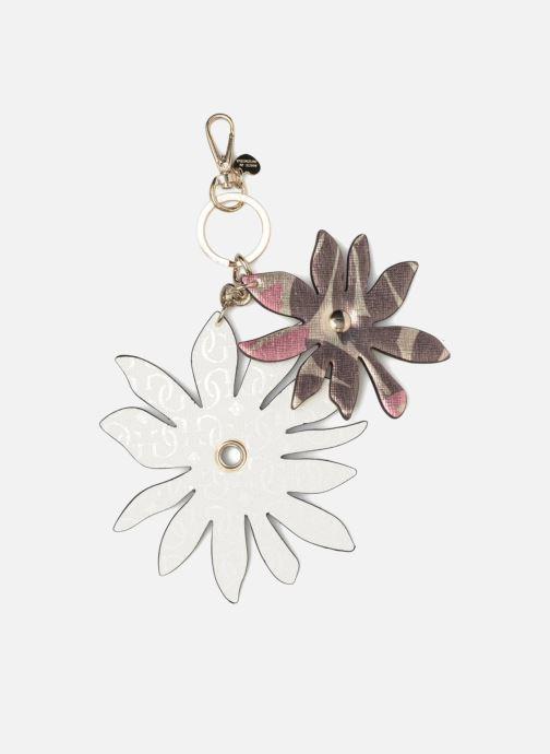 Divers Guess DEVYN KEYRING Flower keychain Blanc vue portées chaussures