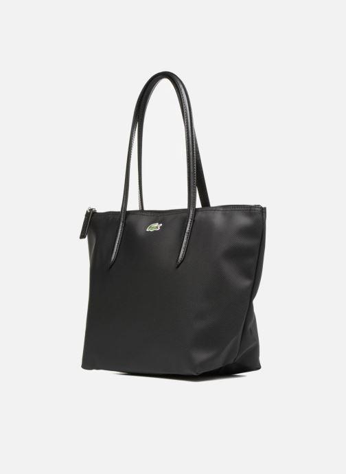 Sacs à main Lacoste S SHOPPING BAG Noir vue portées chaussures