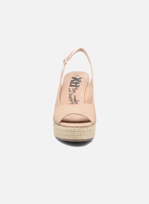 Sandales et nu-pieds Xti Mawa 46730 Beige vue portées chaussures