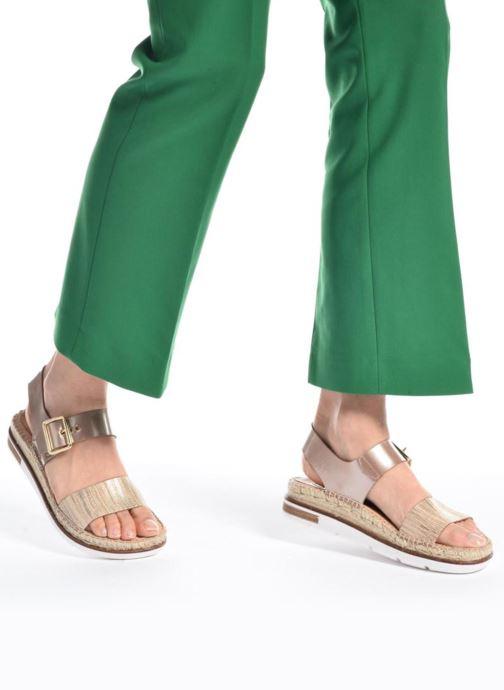 Sandales et nu-pieds Kanna Doha Noir vue bas / vue portée sac
