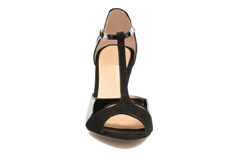 Sandales et nu-pieds Perlato Volantis Noir vue portées chaussures