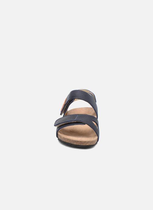Sandali e scarpe aperte Kavat Bomhus EP Azzurro modello indossato