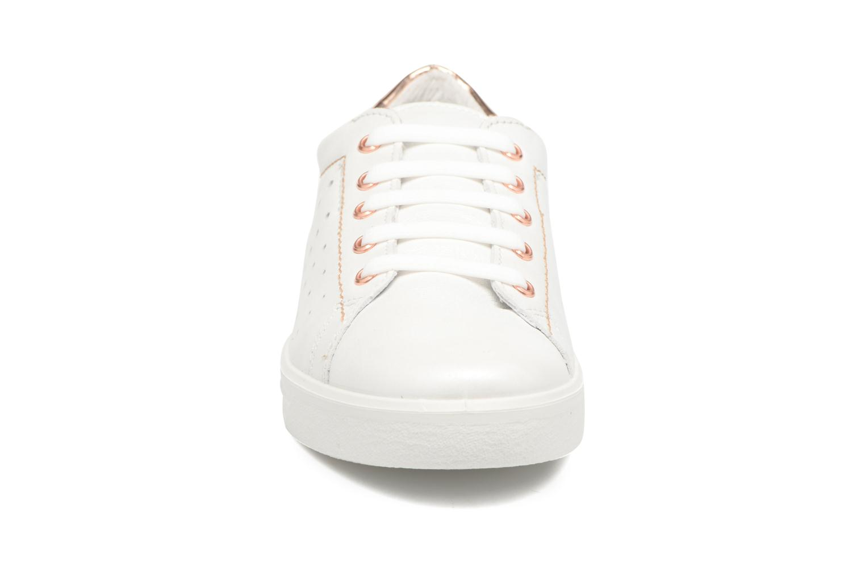 Baskets Ricosta Midori Blanc vue portées chaussures