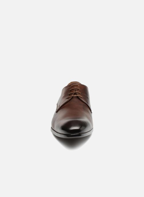 Chaussures à lacets Doucal's OSCAR Vichy Marron vue portées chaussures
